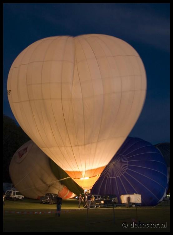 2007Aug03_Ballons over Baisingstoke_0017