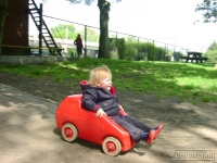2007-05-27 Riley speeltuin 039